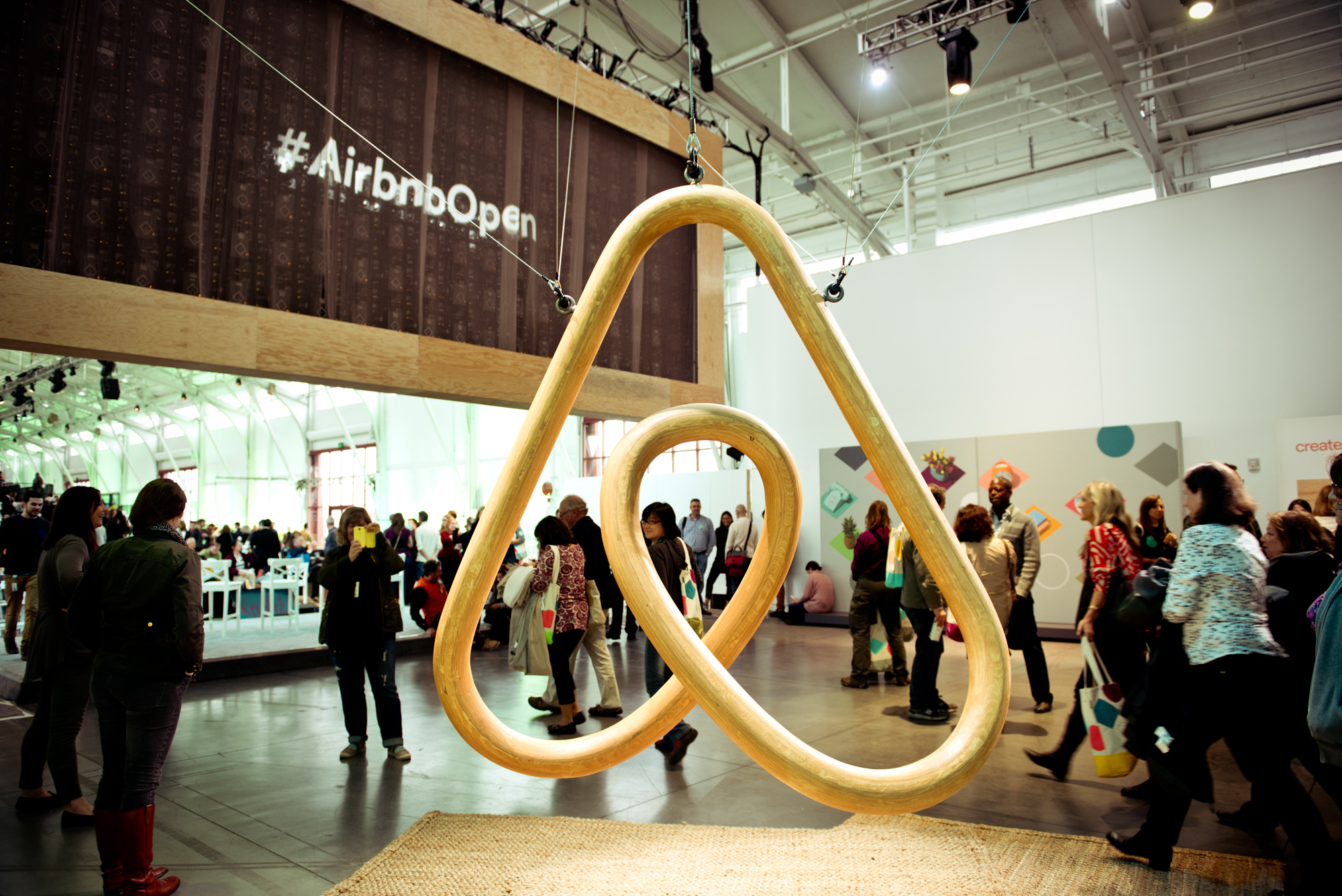 Airbnb to increase fundraising round to US$ 1 billion