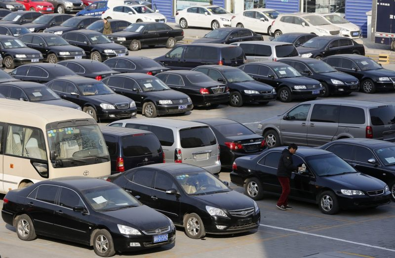 Chinese used car dealership Uxin secures US$500 million funding co-led by TPG, Jeneration, and China Vision